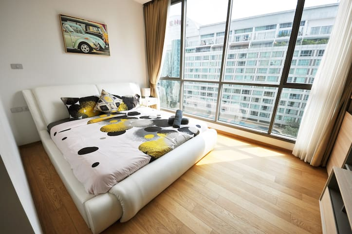 2 BR CHIC LUXURY DOWNTOWN SUKHUMVIT  BTS NANA H1 - Bangkok - Wohnung