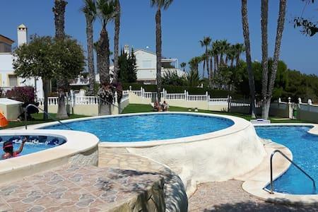 Costa Blanca Strand & Golf, gemütliche FEWO - Ориуэла