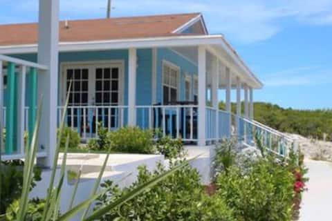 Exuma Point Beach Resort: Purple Hibiscus Seaview 2 BD Villa