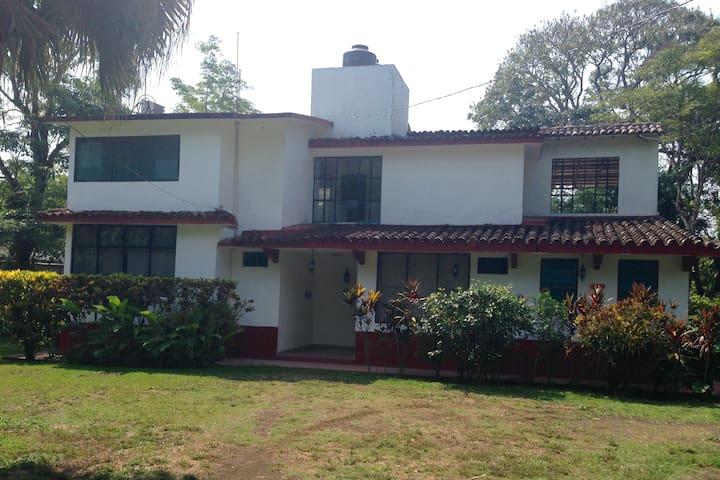 Casa Laguna Magica en Catemaco Ver.