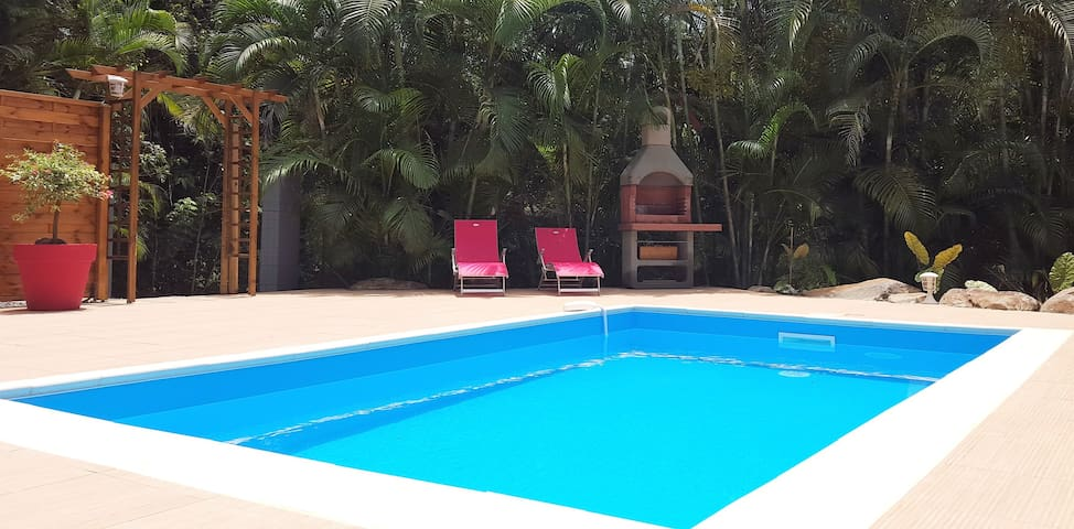 Villa neuve, Piscine, 8 pers, 4 ch climatisées