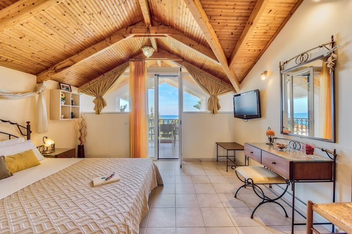 Cozy Sea-view Loft, up to 5 persons