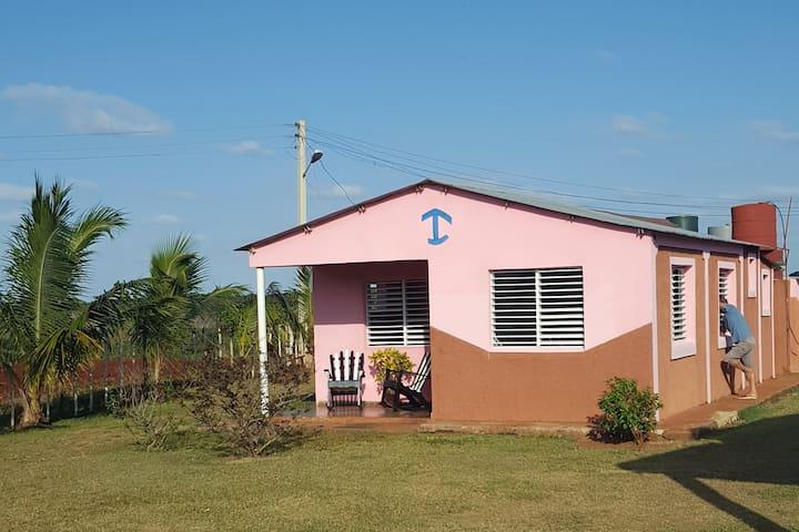 Villa Nena y Osiel - La casa del amor (pequeña)
