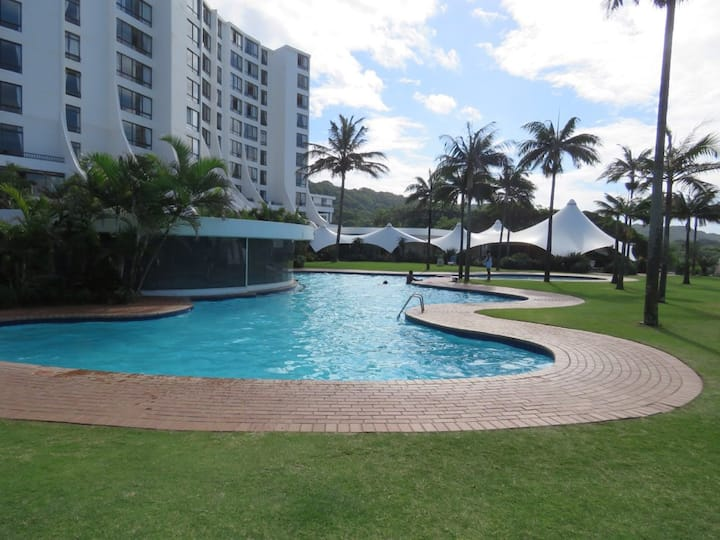 BREAKERS RESORT 232 UMHLANGA