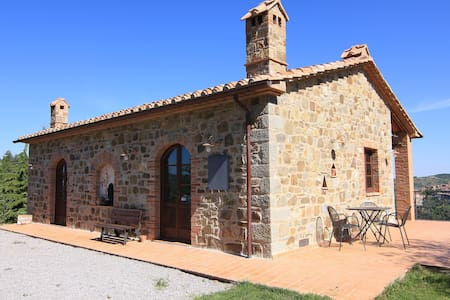 Castagnatello Estate - Noce cottage - Seggiano - Huvila