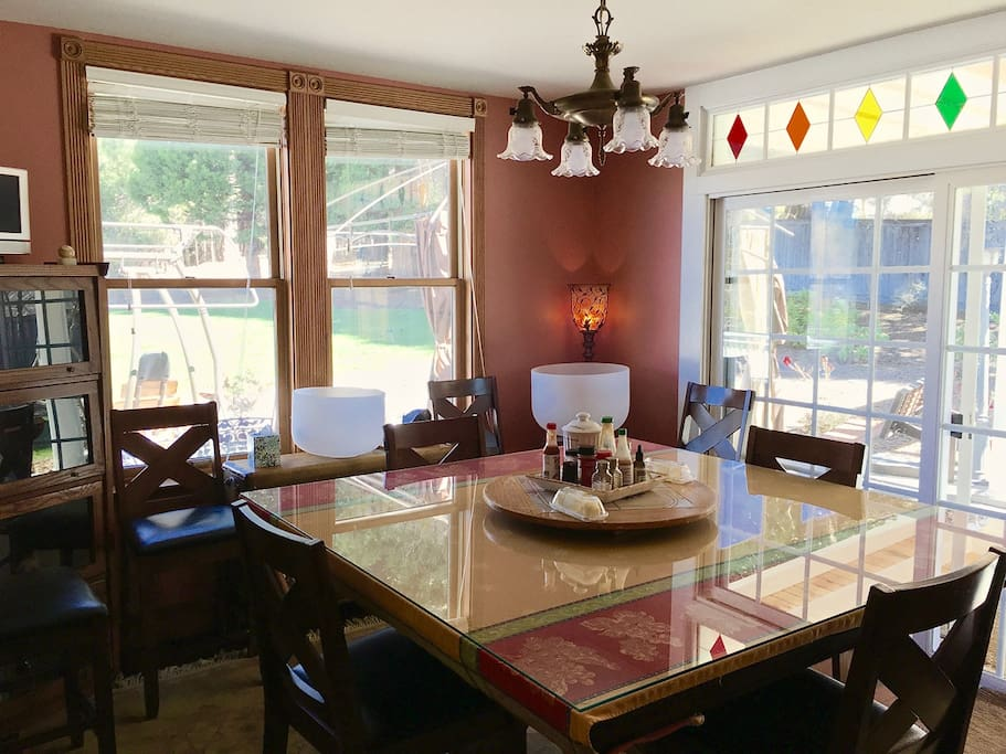 Dining Room, mountain and patio views