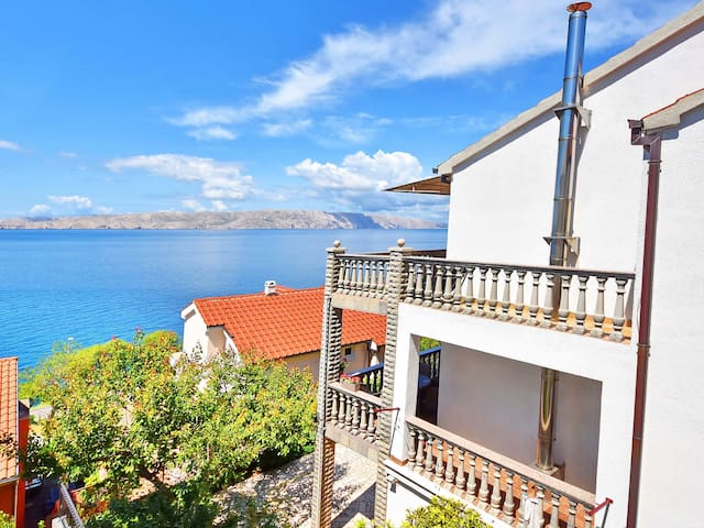 Apartment Lahun in Senj