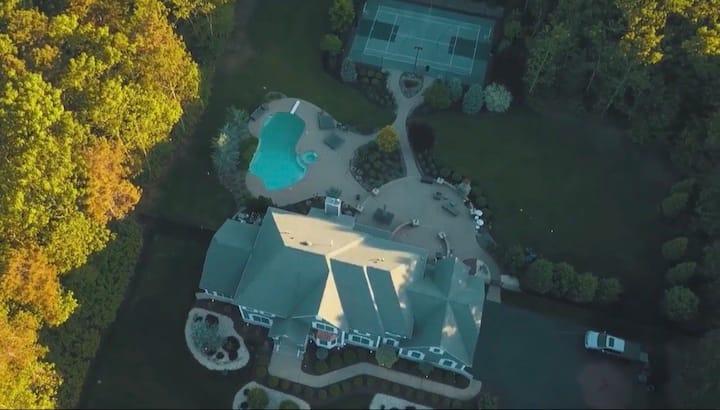 7,700sqft Mansion W/ Resort like Backyard. 6BR/4.5