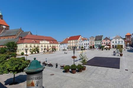 Premium Apartment on the Darłowo Market Square