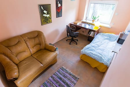 Cozy room in private house - Kaunas