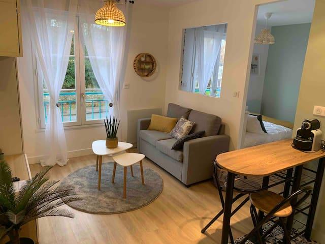 Superbe studio meublé pour courte ou longue durée