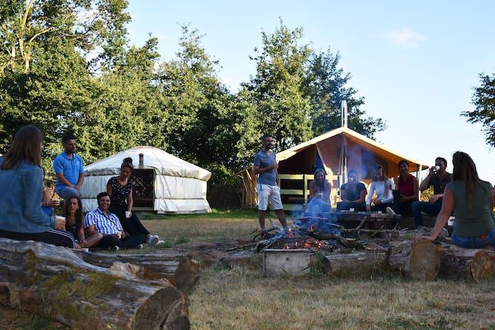 Lodges en pleine nature proche de guédelon