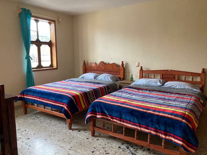 En-Suite Double Room, Shared Terrace,in the Centre