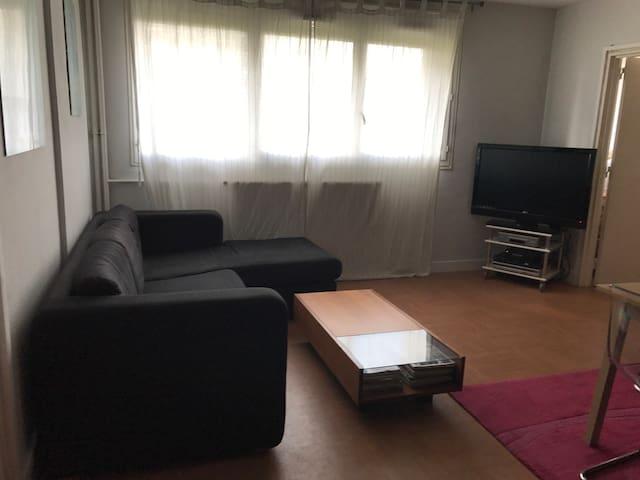 Chambre privée tout confort dans logement 50m2