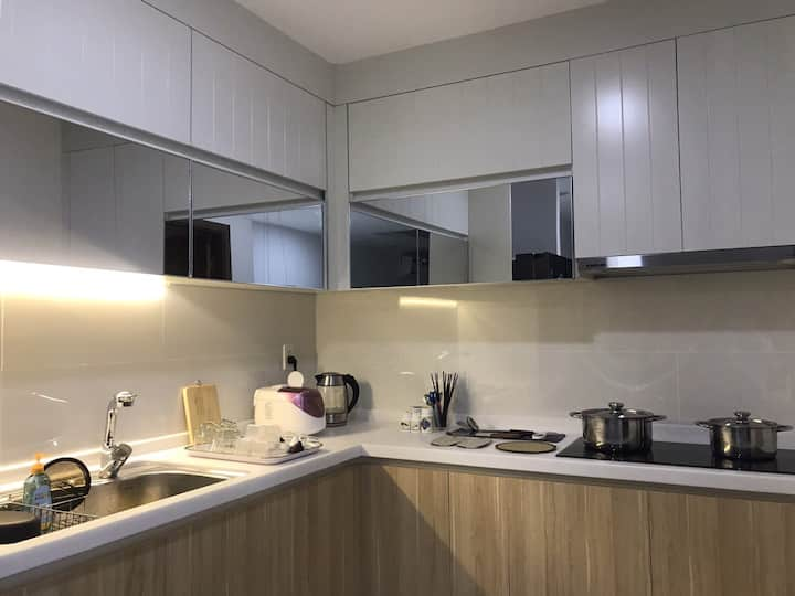 2 Bedrooms apt at Blooming Tower