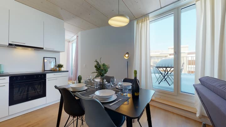 Magnificent modern and bright attic apartment in the city center #72