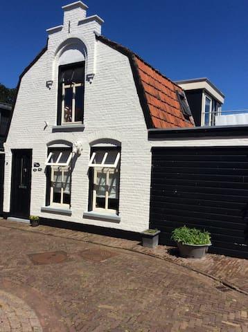 Comfortabel knus huisje, privé - Oosterend - Dům