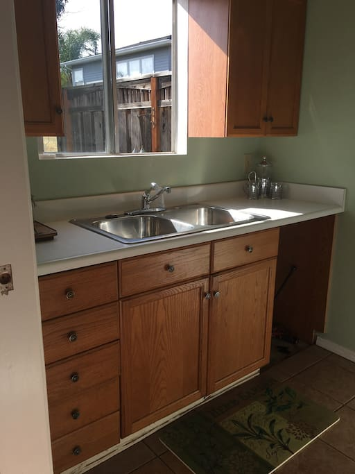 Kitchen sink and counter top