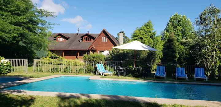 Spaciuos two story country house - Villarica-Pucon