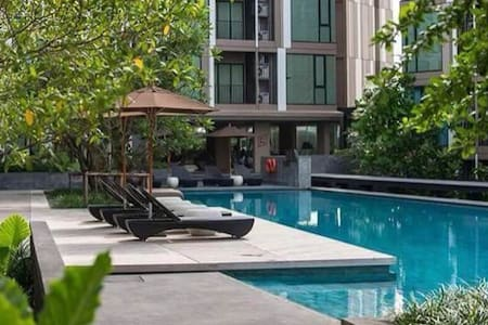 1BR near NightMarket & ShoppingCenter > Sleeps 2-3 - Muang Phuket - Departamento