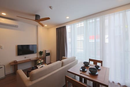 1 BED Cozy entire APT/2 mins to  Lotte Center