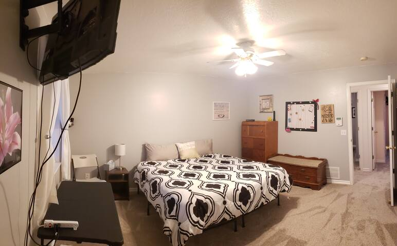 Bedroom 1; king bed, Roku TV