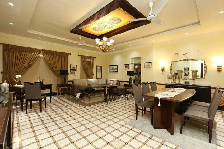 Nicely design Executive furnish serviced apartment