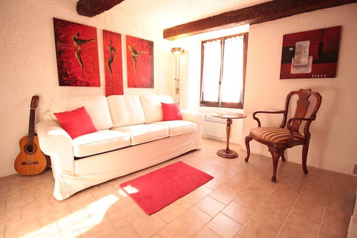 Unser Häuschen in den Seealpen der Cote D'Azur - Roquesteron - Casa