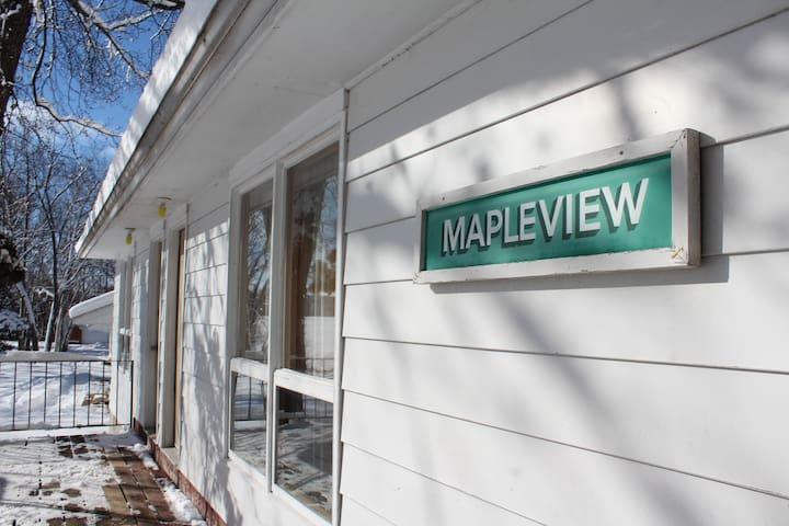 Mapleview #4 - Tally Ho Inn