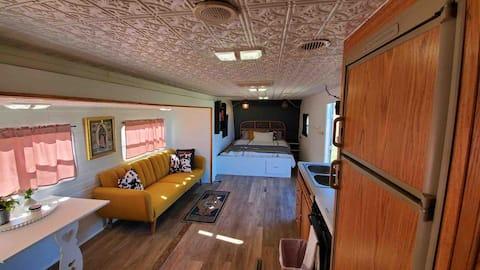 La Pionera- cozy and modern camper