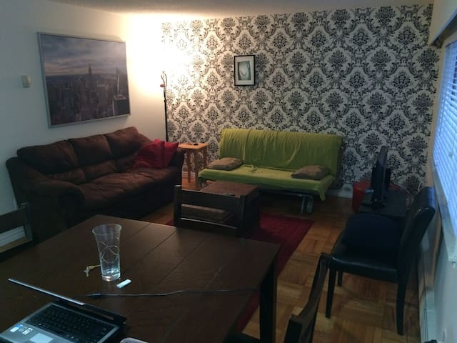 Shared apartment at the heart of downtown