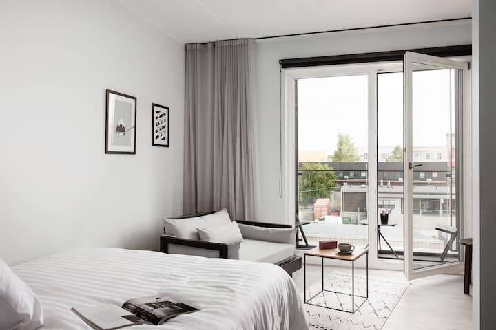 Spacious Studio Suite With Terrace in Telliskivi