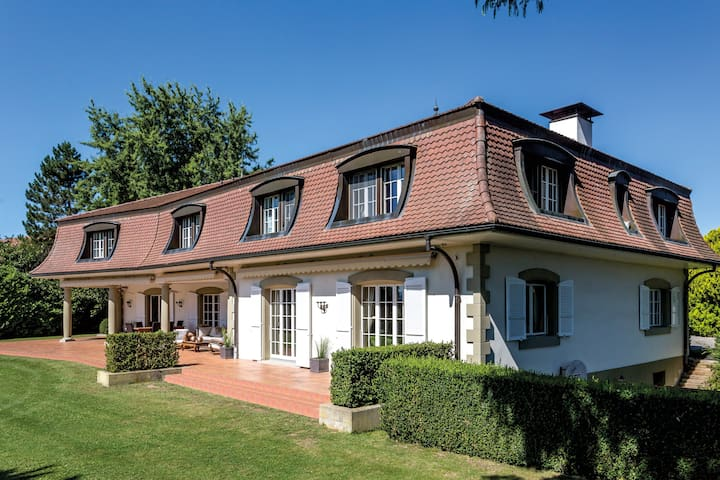 PRESTIGIOUS MANSION NEAR TO BERN AND MONTREUX - Neyruz