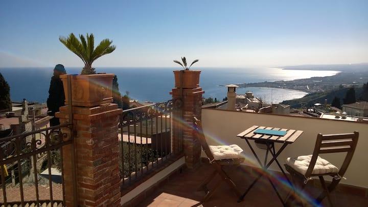 Relax nel cuore di Taormina - La Terrazza B&B