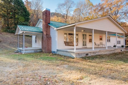 DarlingCountryDwelling, sleeps 6, fish, hike, bike - Chattanooga - House
