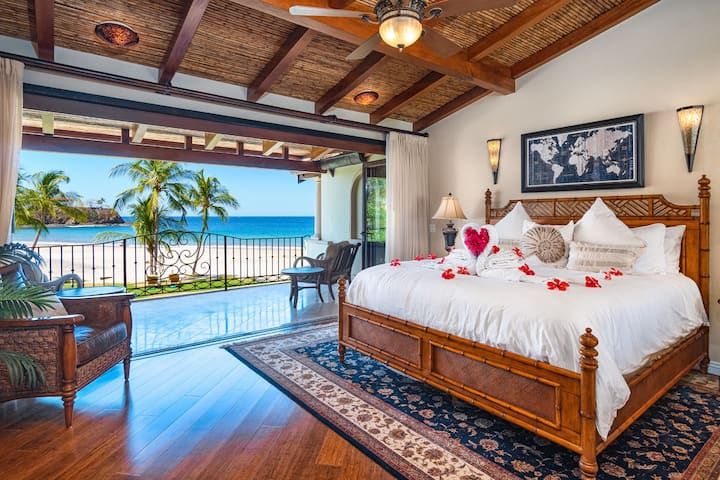 Luxury Beach Front Villa Steps From The Ocean