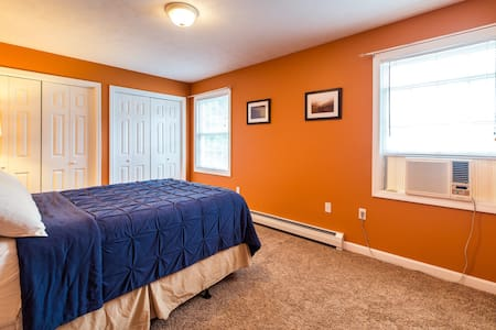 Private bedroom close to downtown - Dover - Appartement
