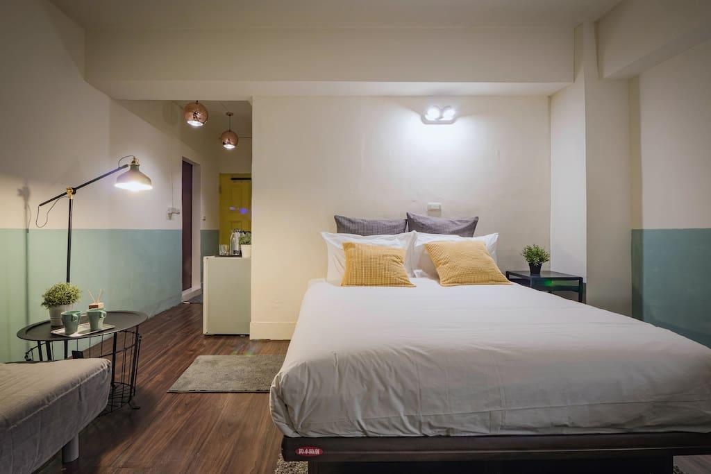 100%遮光窗簾讓你在白天也有夜晚的感覺