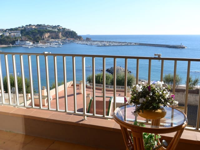 Sant Elm- Apartment for 6 people with sea view D16234