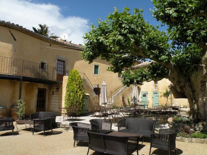 Appartement dans Mas en Drôme Provençale