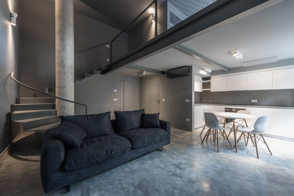 grey loft a polignano a mare lofts zur miete in polignano a mare puglia italien. Black Bedroom Furniture Sets. Home Design Ideas