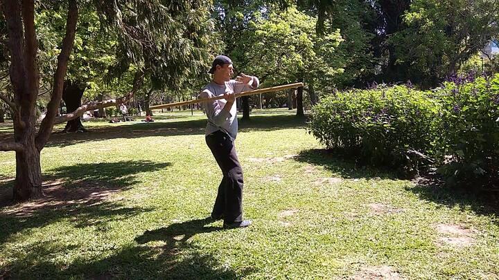Exercising in parque Las Heras