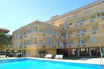 Trilocale con piscina a Duna Verde Res. Acapulco