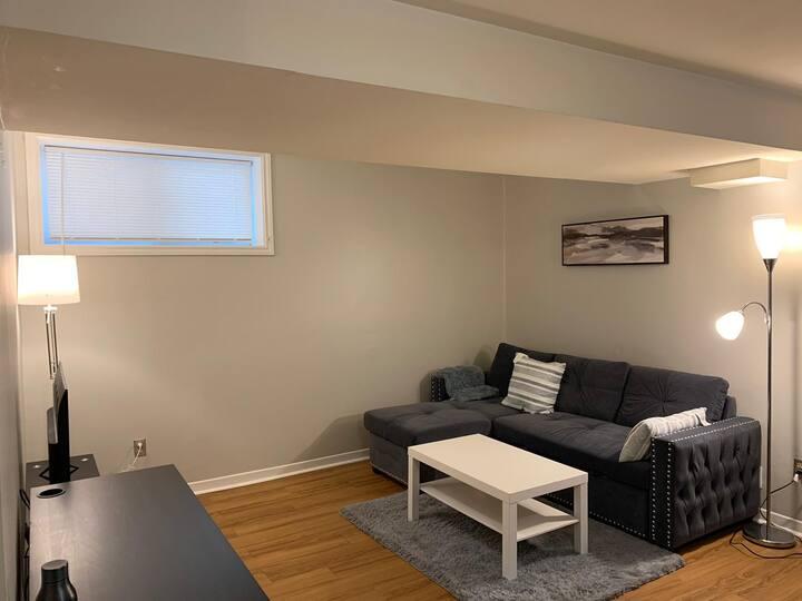 Comfy and convenient - 2 Bedroom Apartment near DT