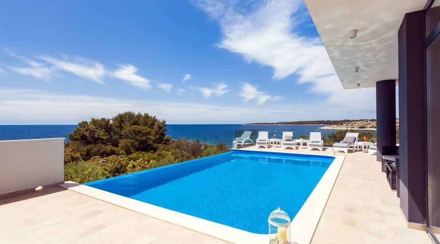 Luxury Villa Mambo Korcula with private heated pool on Korcula island