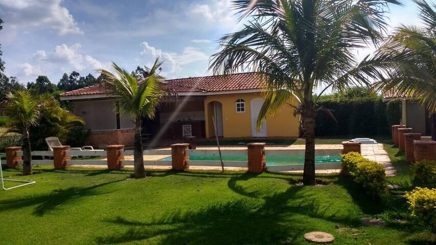 Casa no Cond. Aero. Vale Eldorado - Bragança Paulista - House