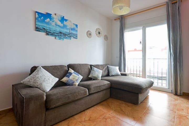 Cosy 1BR 30m From Beach In Central Fuengirola