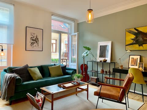 Charming Cozy Apartment in Historical Center