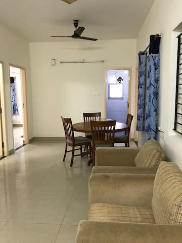 Home away from Home 4 memorable stay (3BHK in OMR)