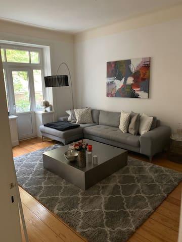 Wunderschöne Wohnung  im Herzen Winterhude 80qm2